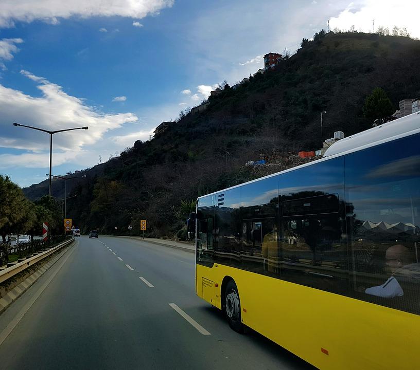 Aereo, bus e treno, chi offre maggior tutela ai passeggeri?