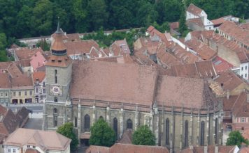 Romania guida tuistica online chiesa nera brasov